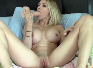 miss18live - blondie 7 undress and dump