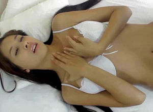 Wondrous youthful gf pulverizes her..