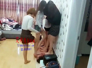 5 japanese nubile femmes multi stomp